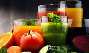 新鲜健康的蔬菜汁特写摄影 澳门线上必赢赌场