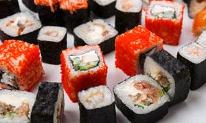 两种口味日式料理寿司摄影高清图片