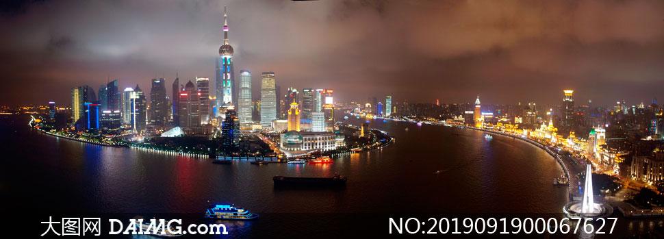 上海外滩美丽夜景全景摄影图片