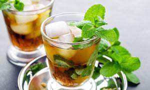 薄荷红茶饮料高清摄影图片