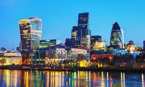 繁华的城市建筑夜景高清摄影图片