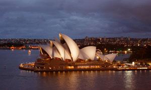 夜晚悉尼歌剧院旅游摄影图片