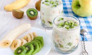 猕猴桃酸奶甜品美食高清摄影图片