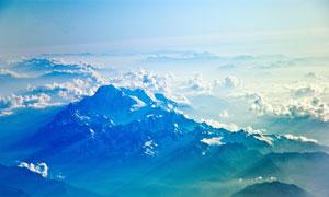 云海中的大山美景高清摄影图片