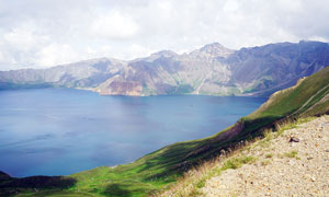 長白山天池西坡美景高清攝影圖片