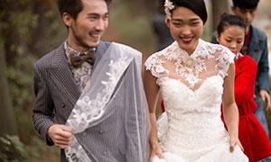 恩爱情侣人物婚纱摄影高清原片素材
