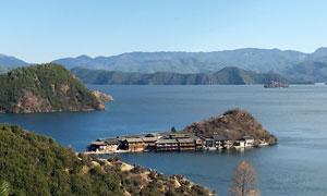 云南美丽的泸沽湖风景摄影图片