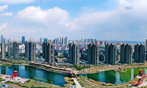 蓝天白云下的滨州城市全景摄影图片