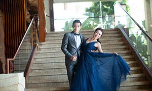 樓梯臺階場景情侶人物攝影原片素材