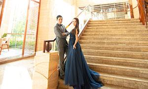 建筑內景幸福戀人婚紗攝影原片素材