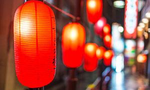 日本街头红灯笼景观摄影图片
