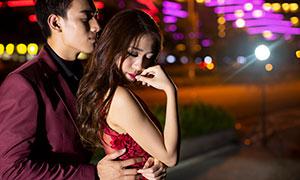 城市繁华夜景情侣写真摄影高清原片