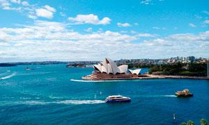 海边美丽的悉尼歌剧院高清摄影图片