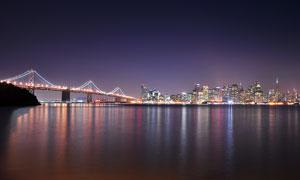 美丽城市夜景和桥梁景观摄影图片