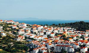 希腊风格海边城市建筑群高清摄影图片