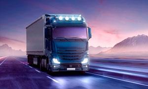 在公路上行駛的廂式貨車攝影高清圖片