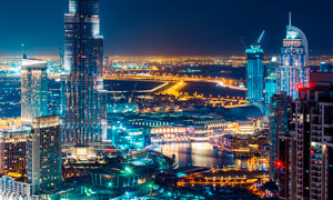 美丽的都市建筑夜景高清摄影图片