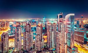 都市摩天大楼美丽夜景摄影图片