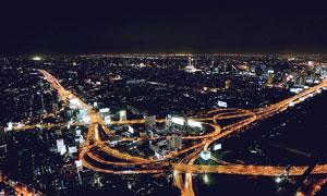 夜晚城市美麗的立交橋高清攝影圖片