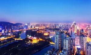 美丽的城市夜景和河流高清摄影图片