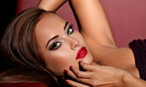 黑色抹胸打扮红唇美女摄影高清图片