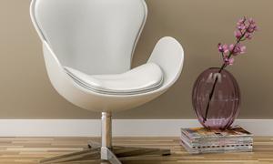 房间花朵玻璃瓶与椅子摄影高清图片
