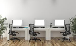 吊灯下的电脑桌椅家具摄影高清图片