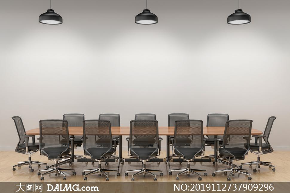 会议室吊灯下的桌椅等摄影高清图片