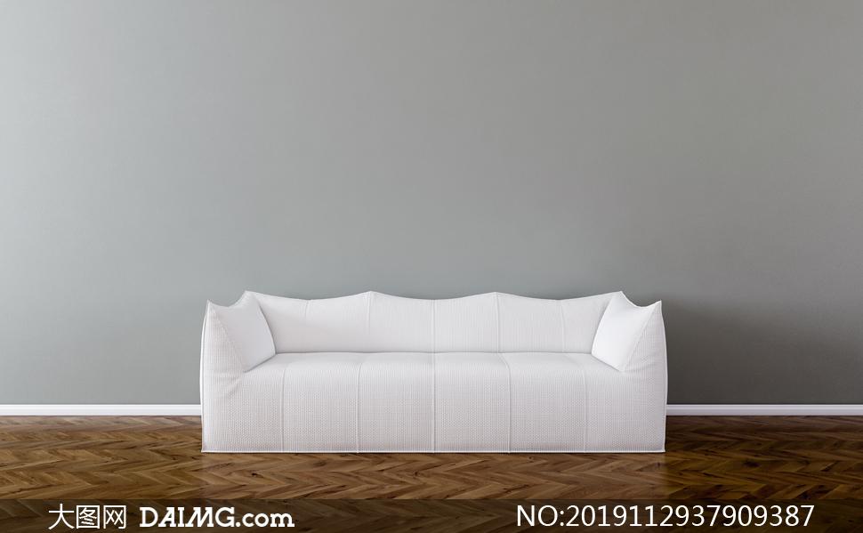包的严严实实的白颜色沙发渲染图片