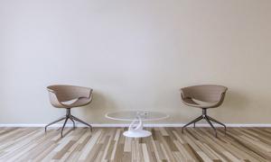 房間椅子與圓形的茶幾渲染高清圖片