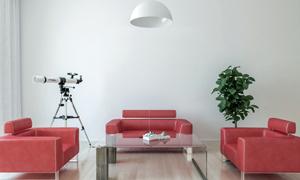 房间望远镜与红色沙发渲染效果图片