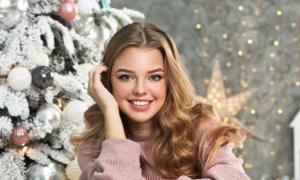 圣诞节披肩发美女人物摄影高清图片