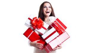 怀抱着礼物的美女人物摄影高清图片