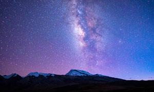 西藏纳木那尼峰美丽星空摄影图片