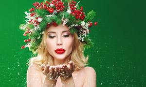 吹手心雪花的红唇美女摄影高清图片