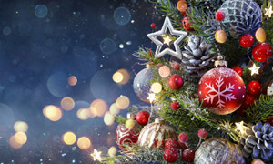 梦幻光斑点缀的圣诞节饰品高清图片