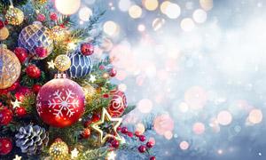 圣诞节挂饰与梦幻散景全景摄影图片