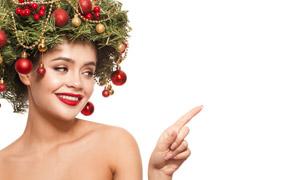 圣誕球發飾的美女人物攝影高清圖片
