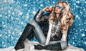 星光點綴冬裝美女模特攝影高清圖片