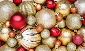 金色与红色等颜色的圣诞球高清图片