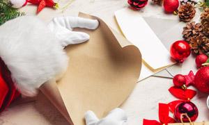圣诞老人礼物清单创意摄影高清图片
