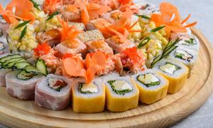 多口味的寿司近景特写摄影高清图片