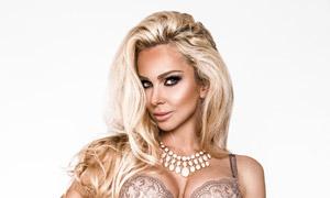 金发美女内衣模特人物摄影高清图片