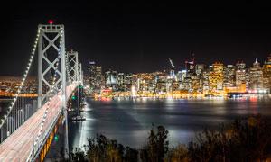 美丽的城市夜景和桥梁摄影图片