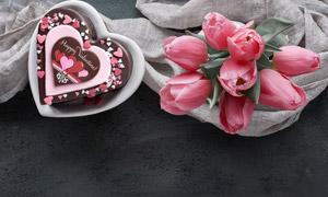 情人节巧克力与郁金香摄影高清图片
