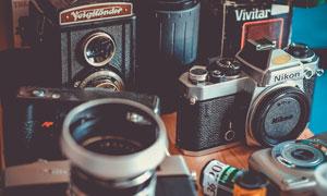 老式卡片相机和镜头摄影图片