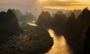 傍晚美麗的桂林山水景觀攝影圖片