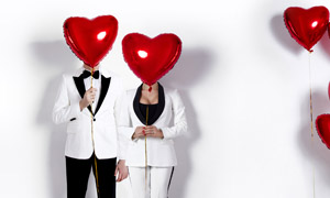 黑白配色西装打扮情侣男女高清图片