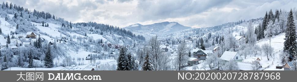 山间银装素裹风光全景摄影高清图片
