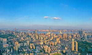 傍晚大都市全景俯视图摄影图片